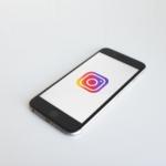 Instagram Logo Handy