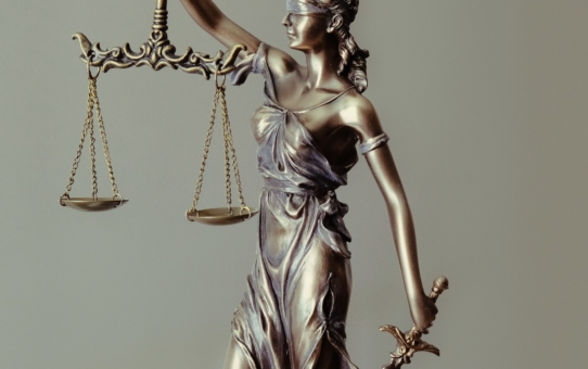 Juristische Schreibarbeiten von Rechtsanwälten